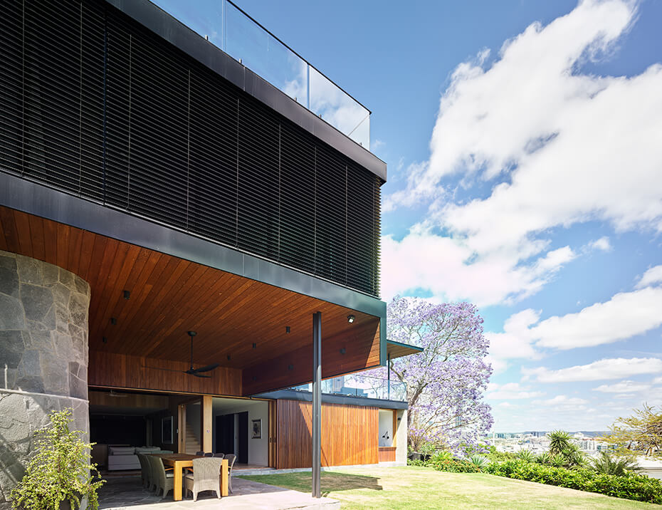 Vental blinds by Dove Industry brisbane - Shaun Lockyer Architects project at Teneriffe